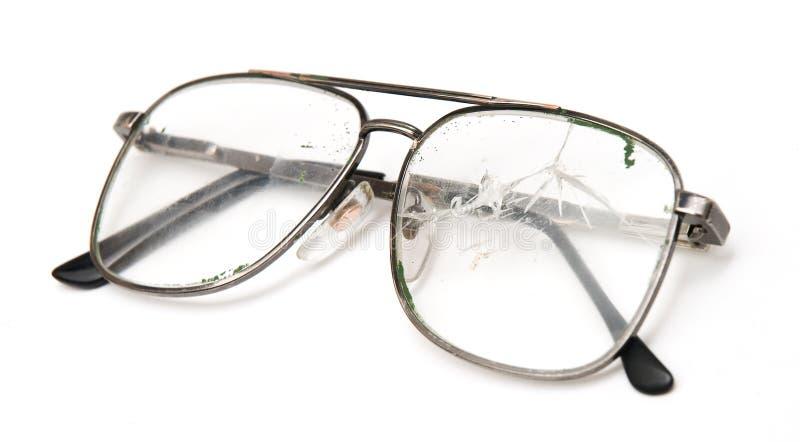 Eyeglasses dos homens quebrados imagens de stock royalty free