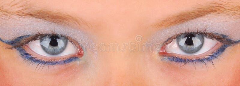 eyes flickan målad little royaltyfri bild