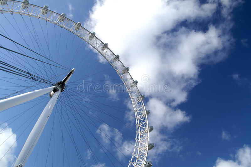 Download The Eyes of London, UK editorial stock photo. Image of blue - 28427893