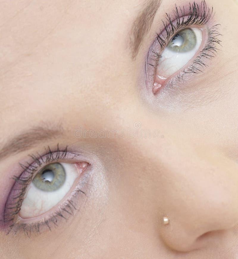 eyes s-kvinnan fotografering för bildbyråer