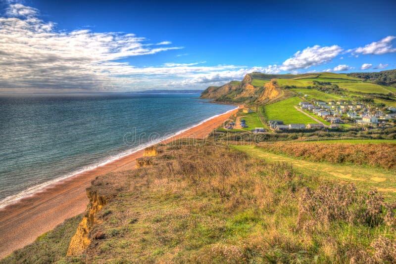 Eype Dorset Jurassic kust i ljusa färgglade HDR söder av Bridport och near västra fjärdEngland UK hdr arkivfoton
