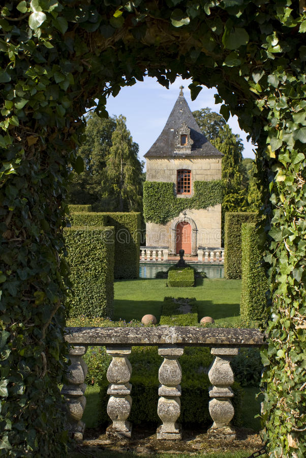 Download Eyrignac french gardens stock image. Image of france - 14629275