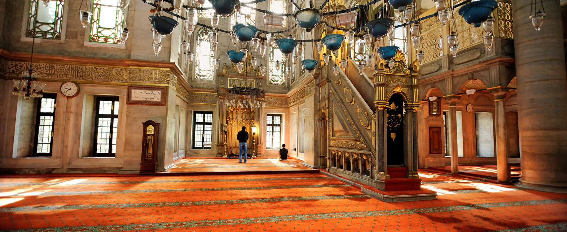 Eyup Sultanmoské, Istanbul, Turkiet royaltyfria foton