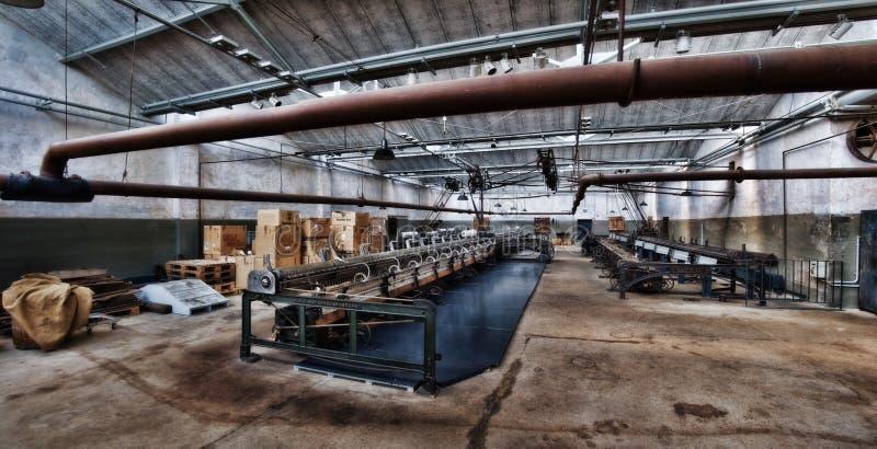 Fábrica abandonada velha de matéria têxtil em Euskirchen Alemanha fotografia de stock royalty free