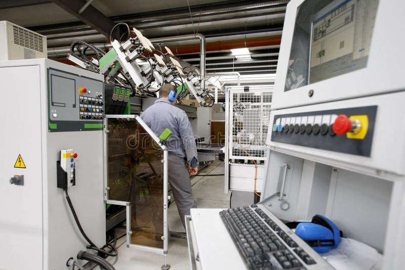 Fábrica automatizada imagem de stock
