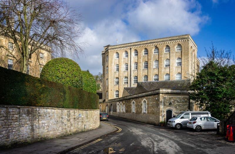 Fábrica de algodón anterior regenerada en Bradford en Avon, Wiltshire, Reino Unido imagen de archivo