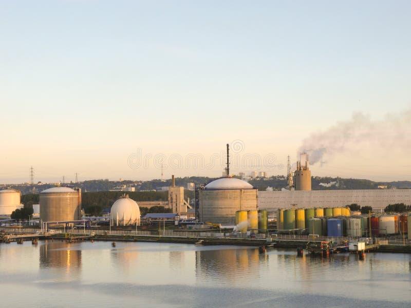 Fábrica de productos químicos fotografía de archivo