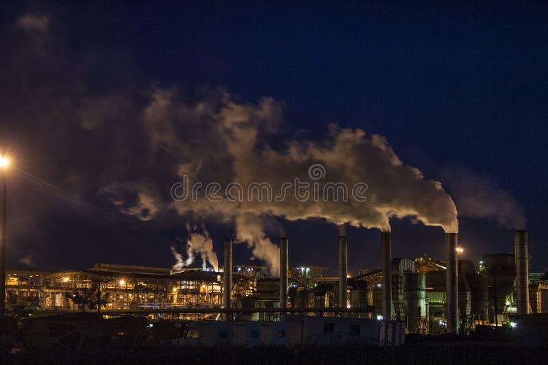 Fábrica del etanol foto de archivo