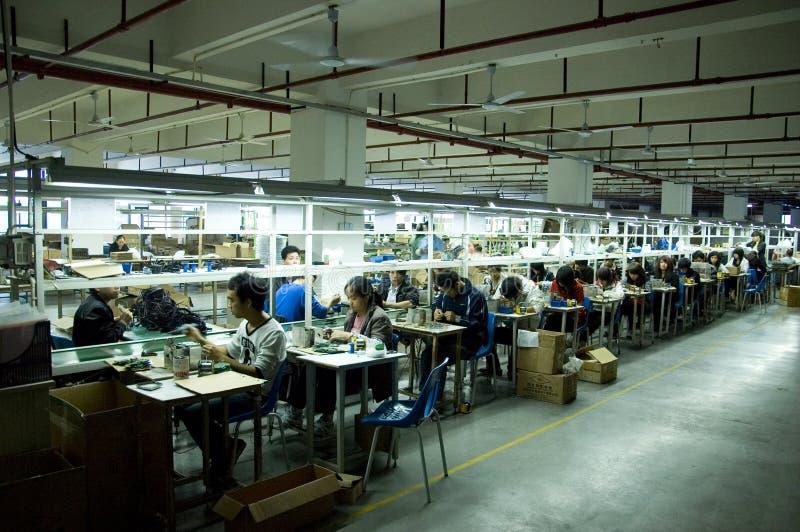 Fábrica do fone de ouvido em China fotografia de stock royalty free