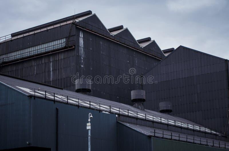 Fábrica gris oscuro fotos de archivo libres de regalías