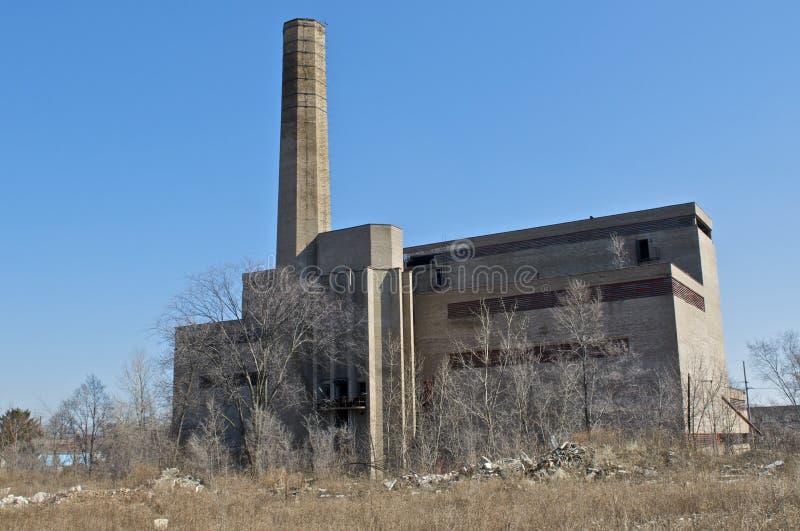 Fábrica industrial abandonada imagem de stock