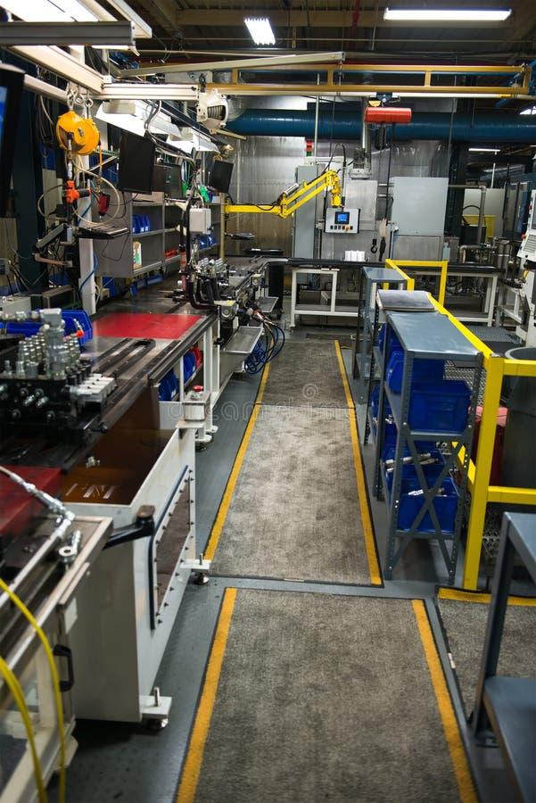 Fábrica industrial de la fabricación, máquinas de la industria foto de archivo