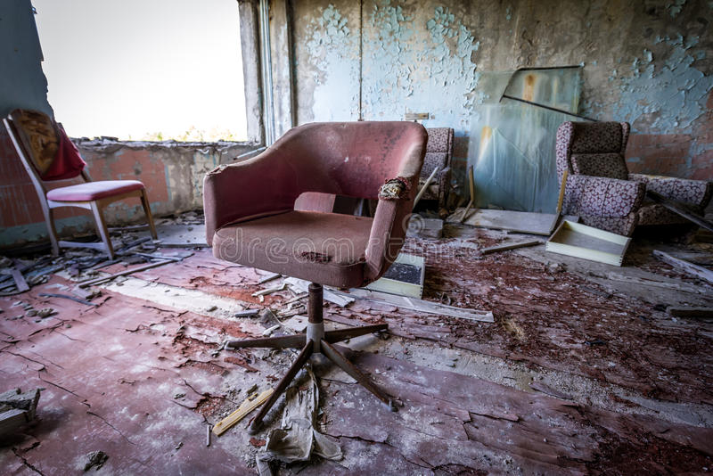 Fábrica vieja en la zona de Chernóbil imágenes de archivo libres de regalías