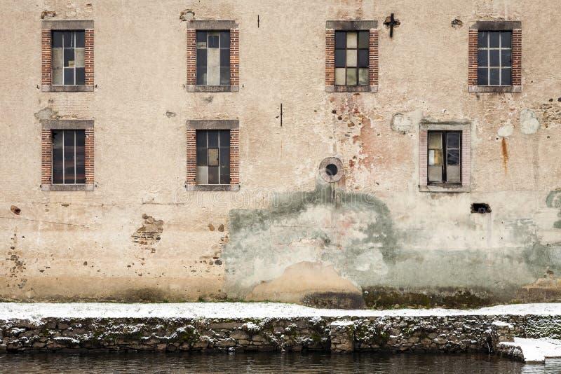 Fábrica Windows del molino imagenes de archivo