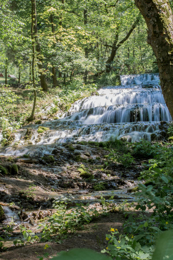 FÃ ¡在Szalajka-谷,匈牙利的tyol瀑布 库存图片