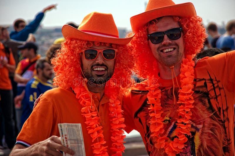 Fãs da Holanda no copo 2014 de FIFAWorld foto de stock