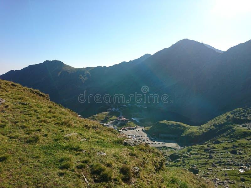 FăgăraÈ™山 免版税库存照片
