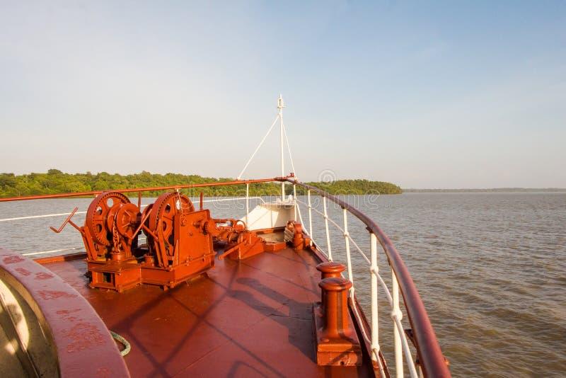 Fähren-Bogen stockfotografie
