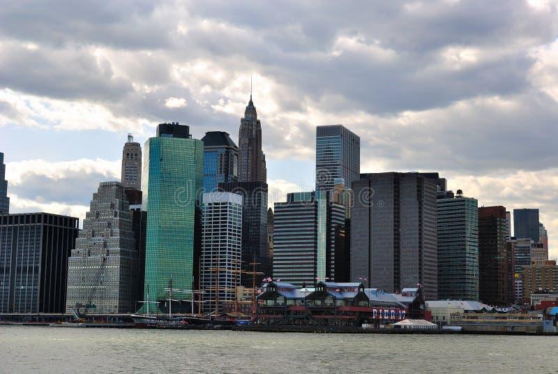 Fäll ned Manhattan horisont royaltyfri fotografi