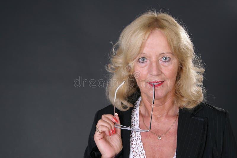 Fällige Dame lizenzfreies stockfoto