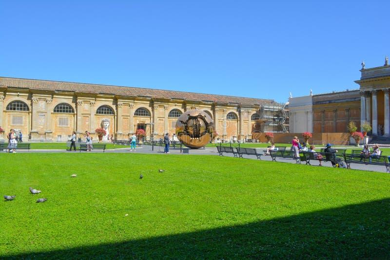 Fält i Vaticanenmuseum fotografering för bildbyråer