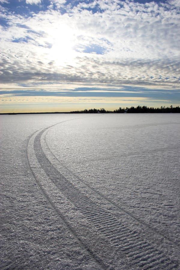 Download Fältis arkivfoto. Bild av kristall, textur, frost, trail - 3547446