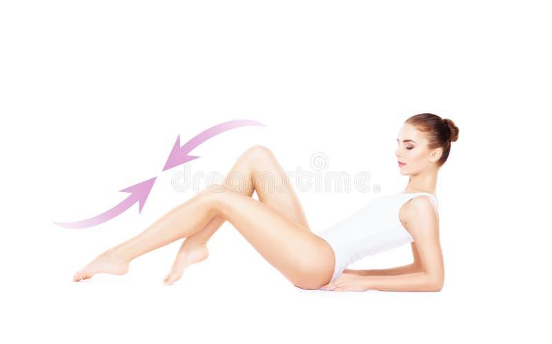 Färdig och sportig flicka i den vita underkläderna Härlig och sund wo royaltyfri foto