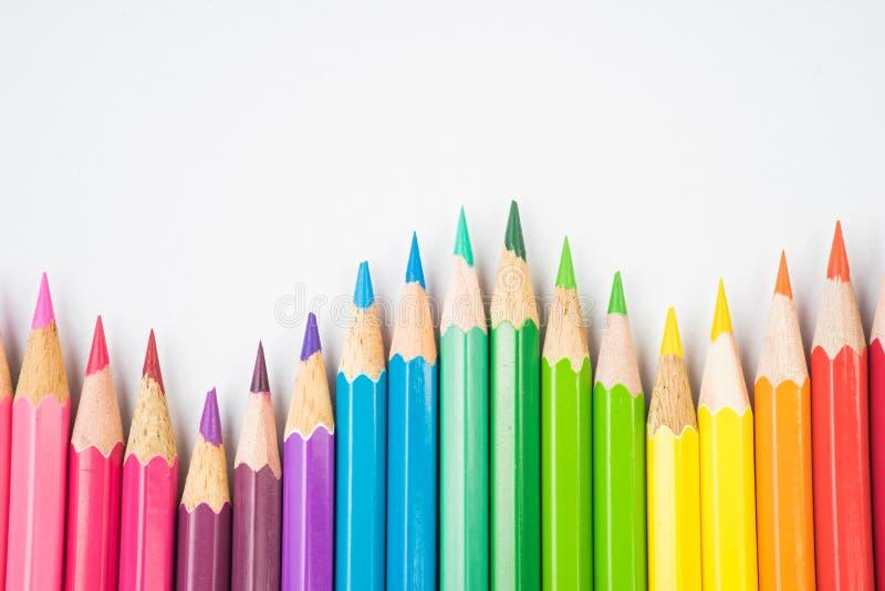 Färga blyertspennor arkivfoto