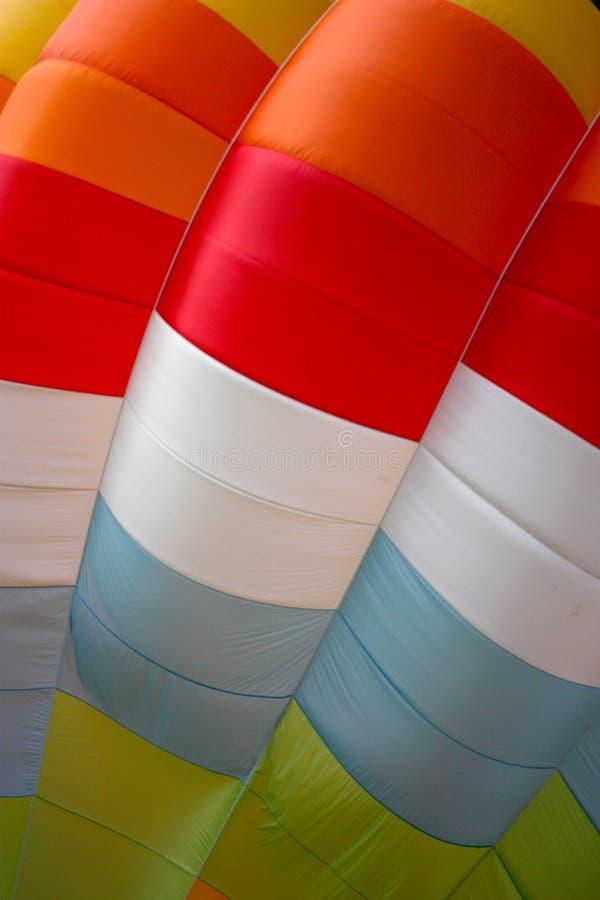 färgat varmt för luftbaloon royaltyfria bilder