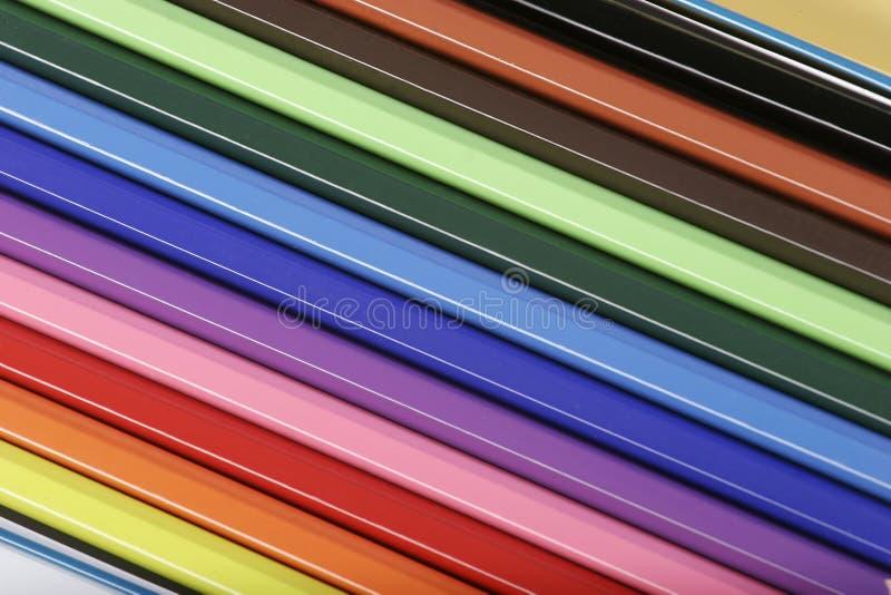 färgblyertspennor royaltyfri illustrationer