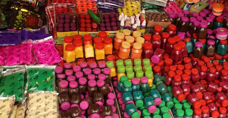 Färger av den Holi festivalen i Indien royaltyfria foton