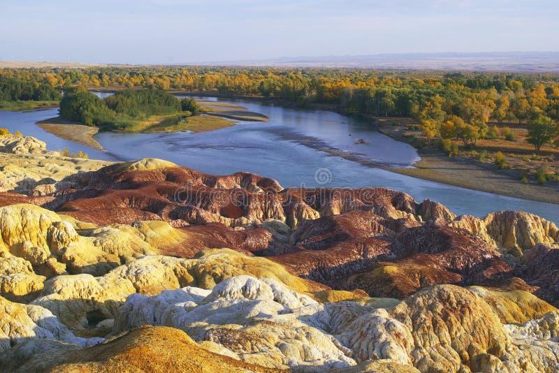 färgflodstrandrock arkivbilder