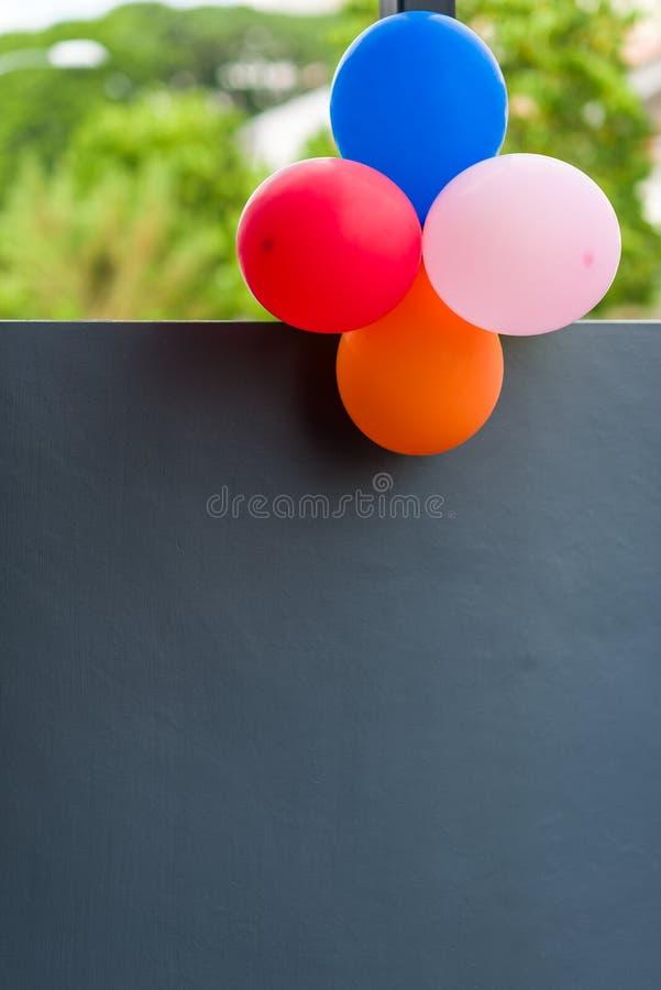 Färgglad ballongdekor fotografering för bildbyråer