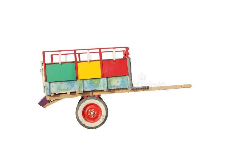 färgglad isolerad white för vagn arkivfoto