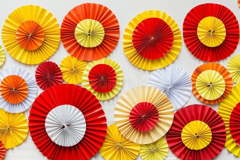 Färgglad pappers- bakgrund arkivfoton