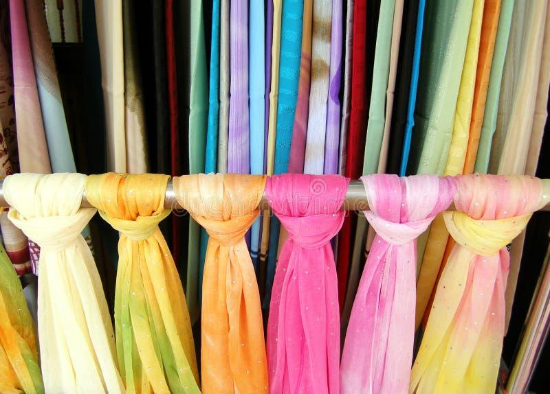 färgglada etniska scarves royaltyfria foton