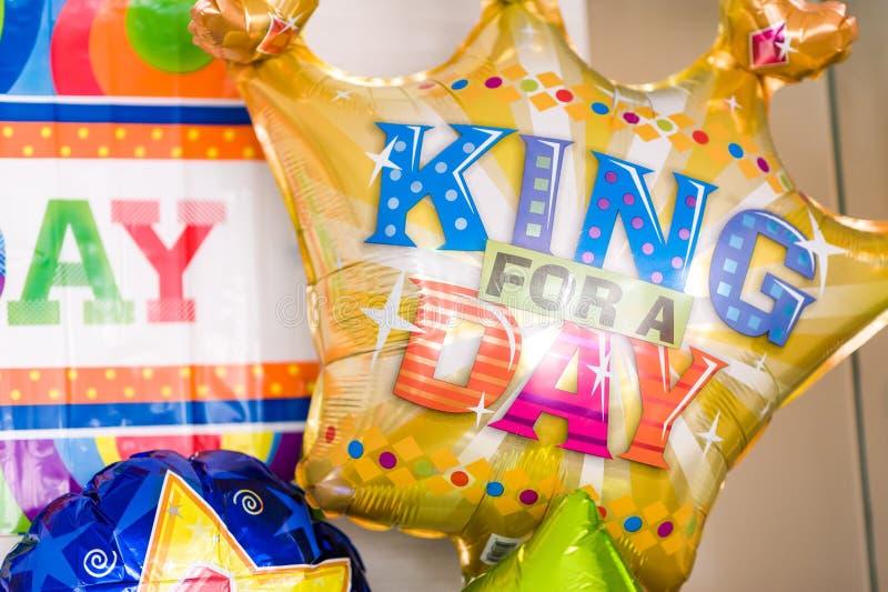 Färgglade ballonger för födelsedagparti royaltyfria foton