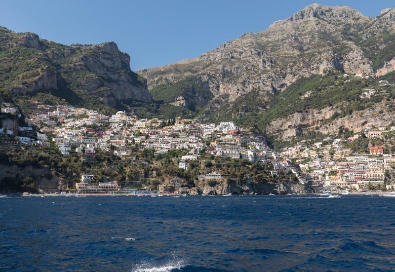 Färgglade Positano, juveln av den Amalfi kusten, royaltyfri fotografi