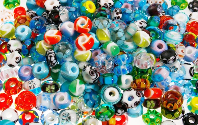 Färgglatt pryder med pärlor royaltyfri fotografi