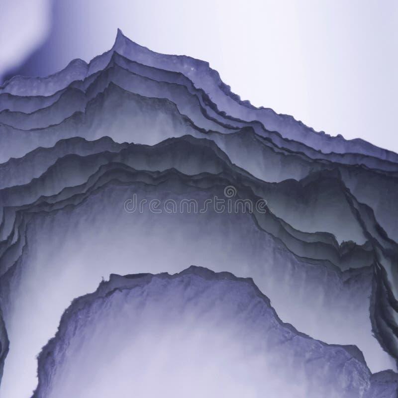 Färgrik abstrakt sammansättning med kräpp royaltyfria bilder