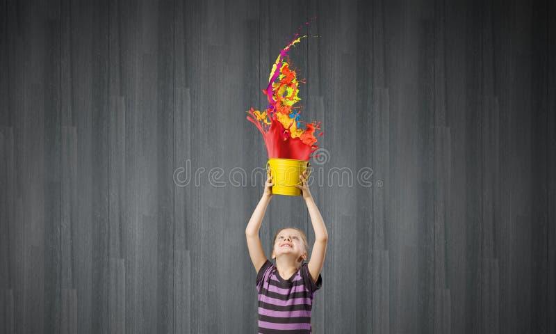 Färgrik barndom! royaltyfri foto