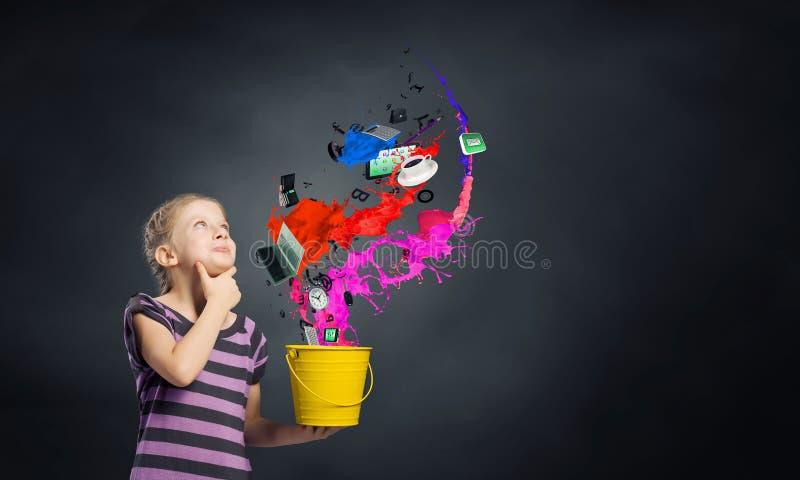 Färgrik barndom! arkivfoton