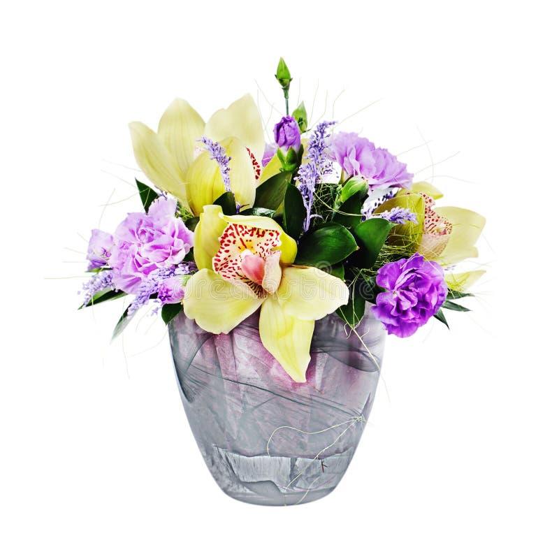 Färgrik blom- bukett av den ros-, kryddnejlika- och orkidéordningen royaltyfria foton