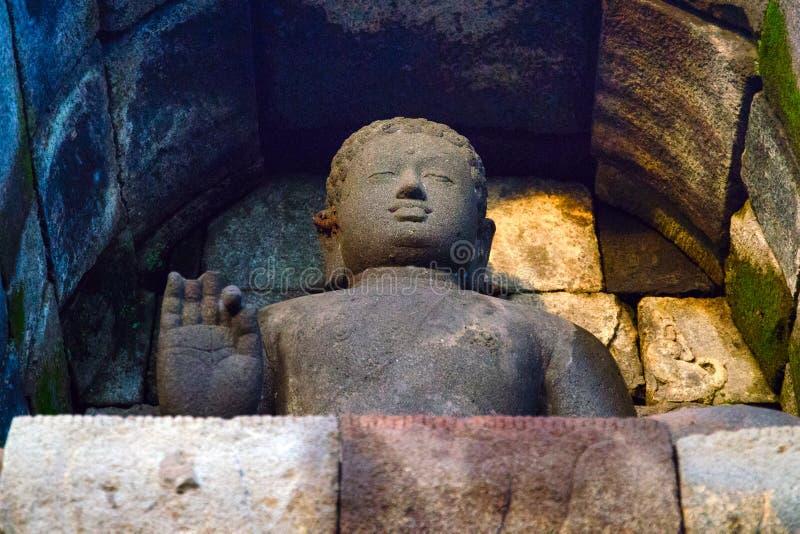 Färgrik Buddha arkivbilder