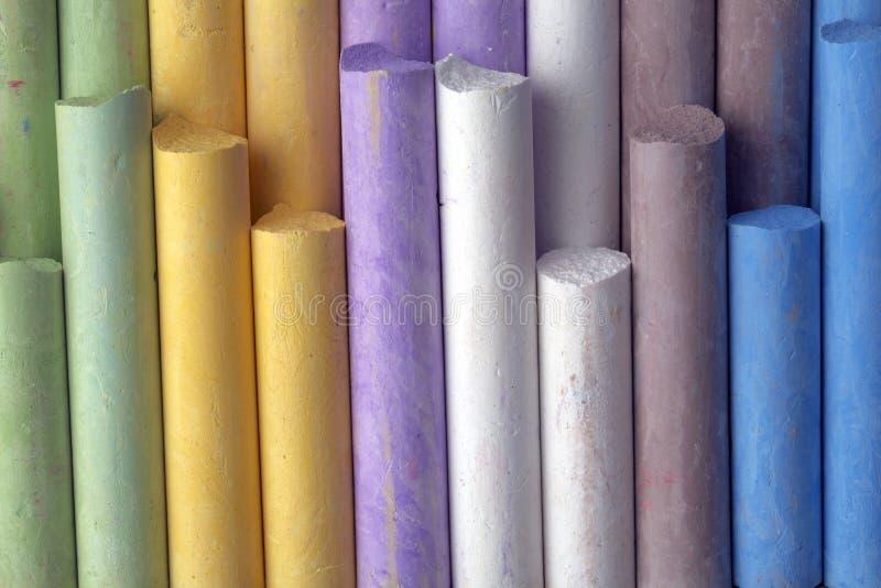 färgrik crayon arkivfoto
