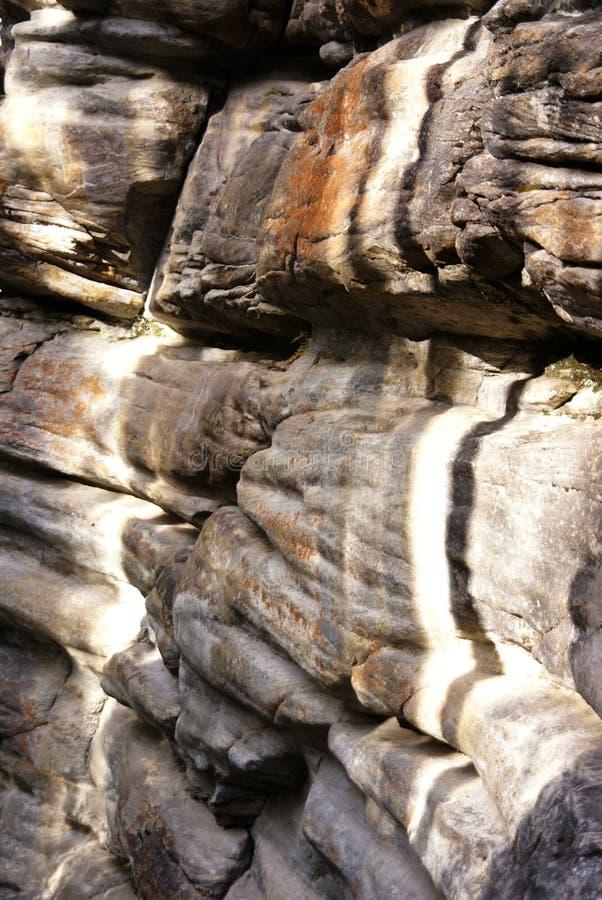 Download Färgrik eroderad limestone fotografering för bildbyråer. Bild av rock - 3525929