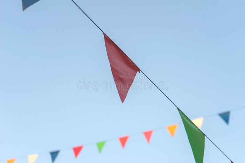 färgrik flagga arkivbilder