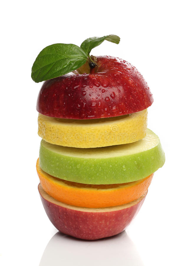 Färgrik hög av nya frukter fotografering för bildbyråer