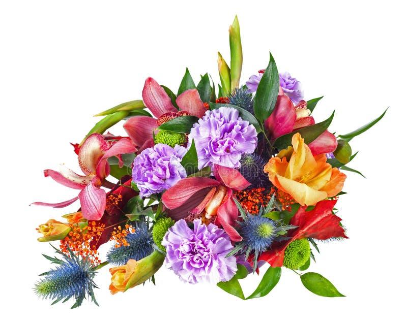 Färgrik höjdpunkt för blommabukettordning som isoleras på Whit arkivbild