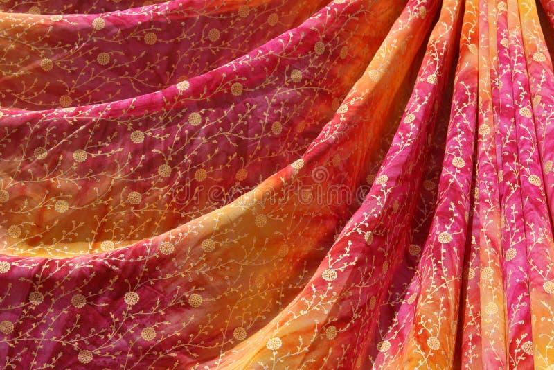 färgrik india sari arkivbilder